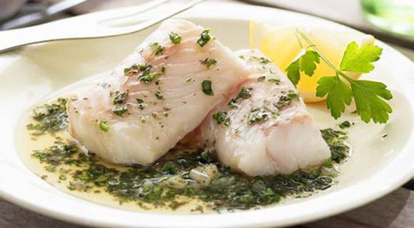 Прежде всего - нежирная рыба